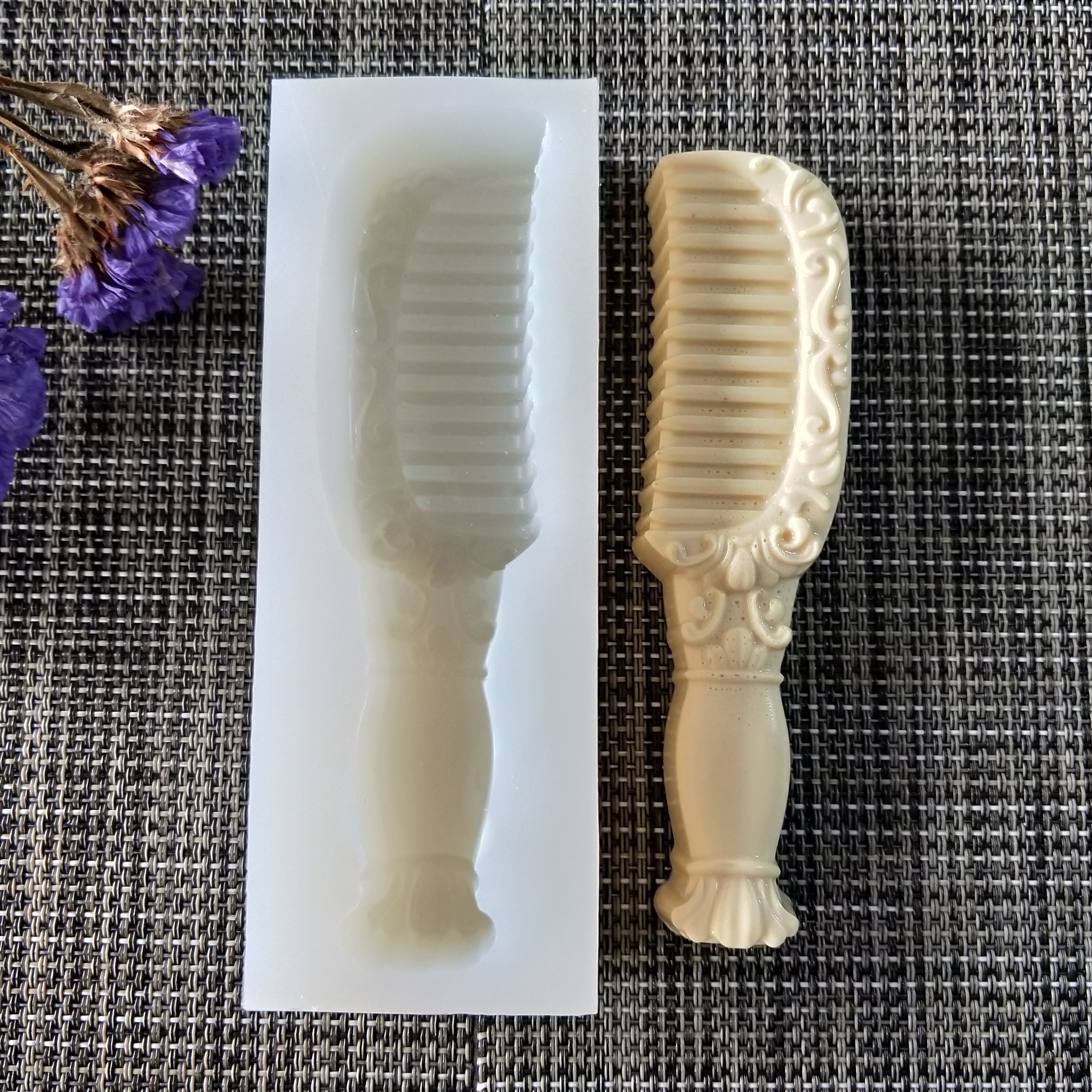 QT0158 PRZY silicone mold comb soap mould handmade soap making molds candle silicone mold resin clay moulds