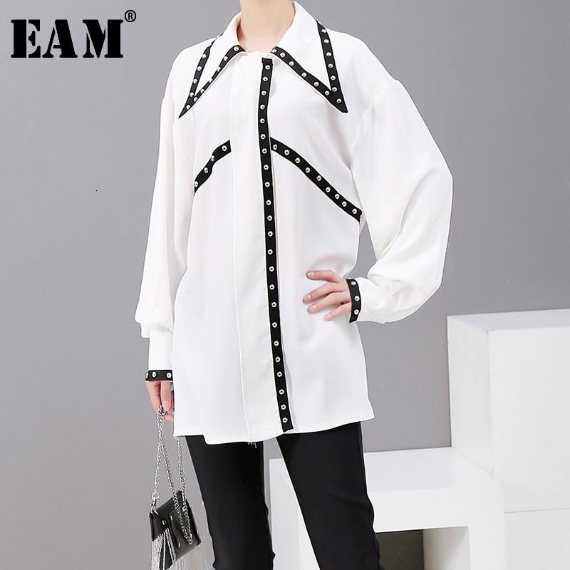 [EAM] Women Rivet Spliced Causal Blouse New Lapel Long Sleeve Loose Fit Shirt Fashion Tide All-match Spring Autumn 2020 1A177