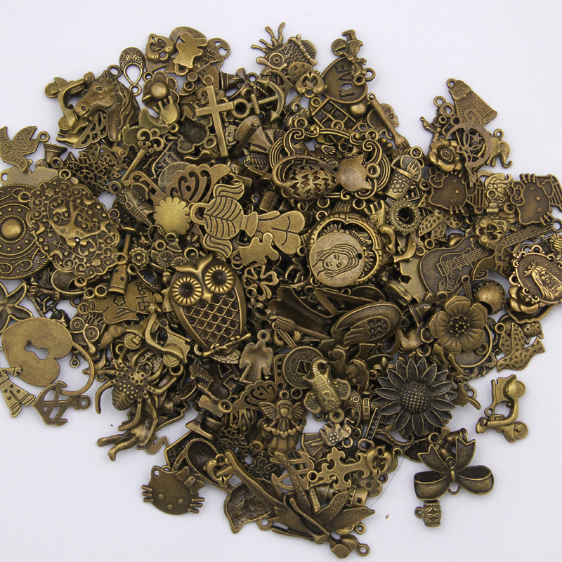 50g/lot Vintage Antique Bronze Metal Mixed Charms Pendants Accessories For Wholesale Craft Jewelry Making Bracelets Necklaces