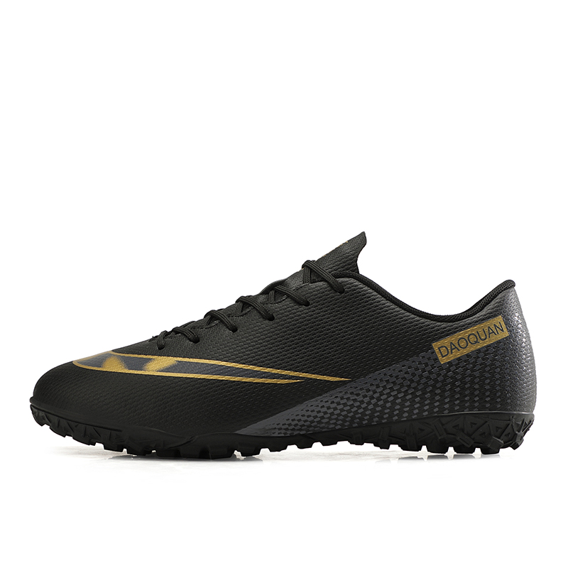 Large Size Long Spikes Soccer Shoes Outdoor Training Football Boots Sneakers Ultralight Non-Slip Sport Turf Soccer Cleats Unisex 11