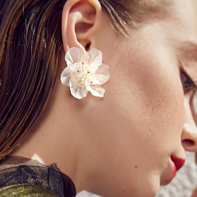 4 Color Trendy Cute Pink Flower Earrings For Women Girls Jewelry Female Rhinestone Gold Metal Round.jpg 640x640 - 4 Color Trendy Cute Pink Flower Earrings For Women Girls Jewelry Female Rhinestone Gold Metal Round Circle Earrings Gift Brincos
