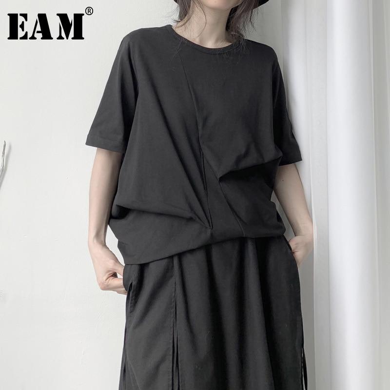 [EAM] Women Black Asymmetrical Pleated Big Size T-shirt New Round Neck Half Sleeve  Fashion Tide  Spring Autumn 2020 19A-a657