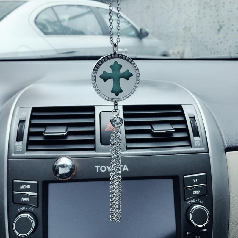 30 Uds. Espejo retrovisor de coche colgante de aromaterapia de acero inoxidable Cruz Aroma adornos colgantes accesorios de decoración de automóviles