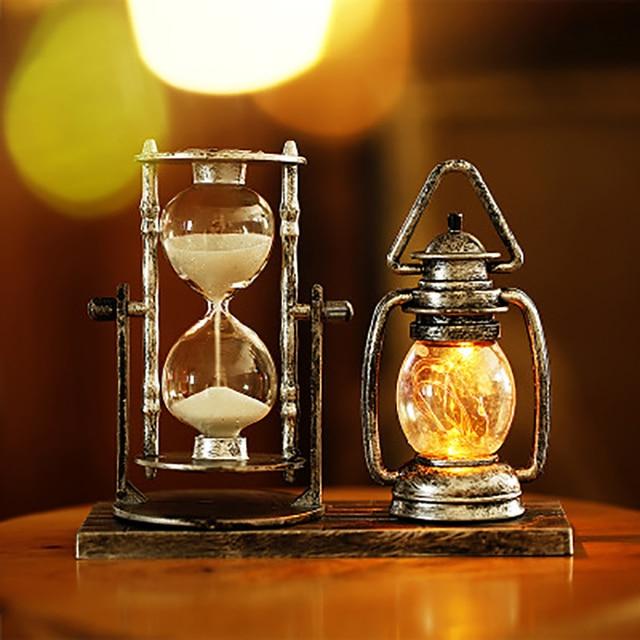 2 in 1 Creative Retro Hourglass Lantern Home Office Desktop Decoration Book Room/Living Room/Bedroom Vintage Sandglass Lamp