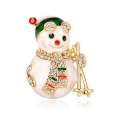 Cross-border supply of new European and American fashion cartoon Christmas snowman brooch Joker gifts in stock