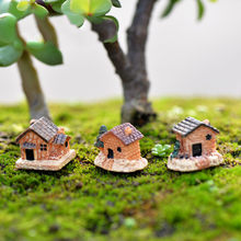 1 Pcs Lovely Mini Craft Figurine House Cottages DIY Figure Moss Terrarium Fairy Garden Ornament Landscape Decor Dollhouse(China)