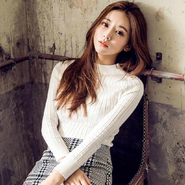 2019 Musim Semi dan Musim Gugur Baru Korea Fashion Slim Bottoming Lengan Panjang Sweter Wanita Solid Bergaris Merajut Pullover Tops