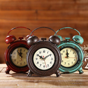 Vintage Alarm Clock, Analog Table Desk Clock with Quartz Movement Battery Operated for Bedroom Living Room Bar Decoration