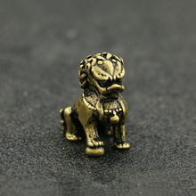 Copper Collections Mini Lion Pure Brass Vintage Animal Design Chinese Fengshui Home Decoration Ornaments Beast Qilin