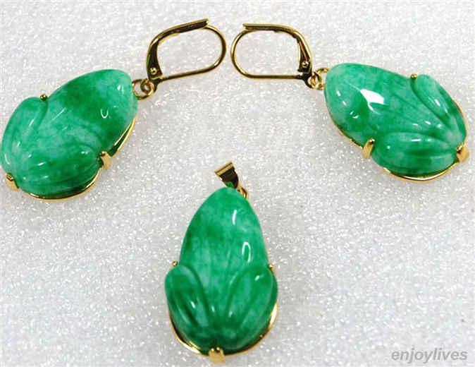 Frete grátis>>>> atacado envio rápido>>>> verde esmeralda jade sapo amarelo banhado a ouro gancho pingente brincos colar conjunto