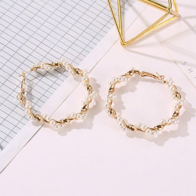 Fashion Pearl Circle Earrings For Women Personality Fashion Hoop Ear Accessories Brinco