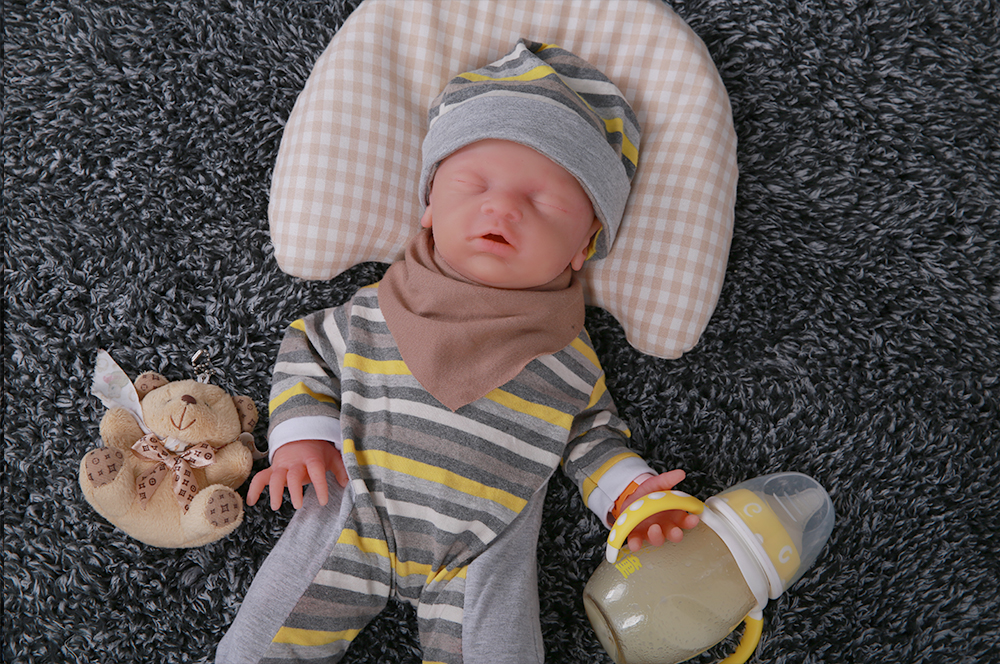 [shipping From US & CN] IVITA WG1514 18inch Silicone Babies Dolls Girl Eyes Closed Alive Real Reborn Baby Soft Realistic Toys