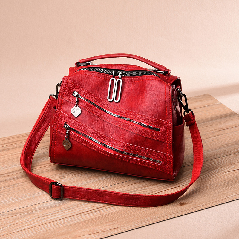 Women's Genuine Leather Handbag, Black Pommax Crossbody Bag, 2019