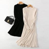 Трикотажное платье с юбкой-плиссе Цена 1510 руб. ($18.92) | 385 заказов Посмотреть