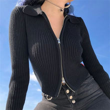 Трикотажный свитер с заниженной талией на молнии