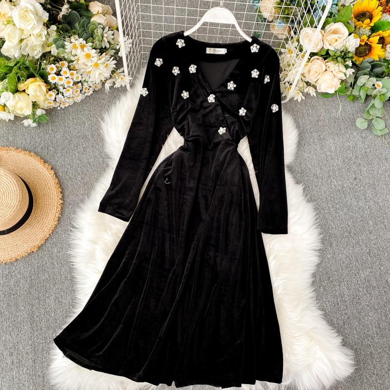 2019 new fashion women's clothing V-neck velvet dress autumn and winter dress women 13