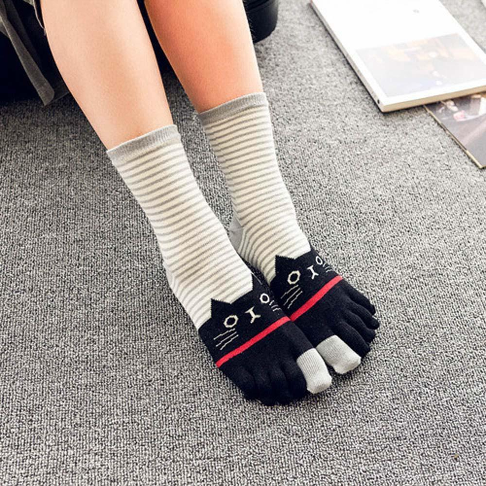 Cartoon Harajuku Socks Winter Girls Cat Print Multicolor Bar Toe Socks Five Finger Cotton Breathable Funny Ankle Sock