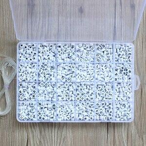 Image 3 - 1620 stücke Runde Acryl Brief Perlen Set für Kid Armbänder Halskette Herstellung Perlen Material Kunststoff Alphabet Perlen boxs