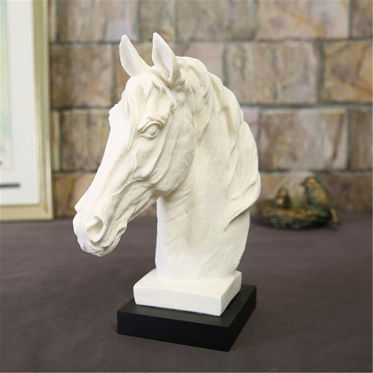 Abstract White Horse Head Sculpture Animal Resin Statue Modern Home Decorative Geometric Resin Ornaments Horse Riding Gift