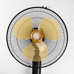 Lames de ventilateur en plastique de ménage de 16 pouces trois feuilles avec le couvercle d'écrou pour les accessoires généraux de Fanner de Table de ventilateur de piédestal debout