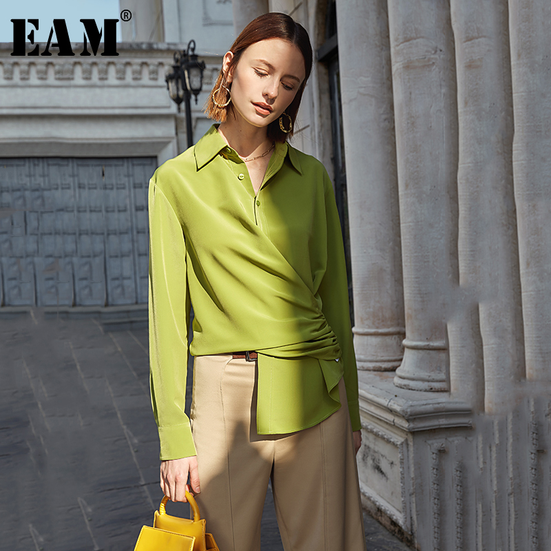 [EAM] Women Green Asymmetrical Pleated Blouse New Lapel Long Sleeve Loose Fit Shirt Fashion Tide Spring Autumn 2020 1S065