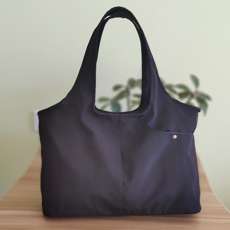 Multi-functional Large-Volume Middle-aged Mom Diaper Bag Waterproof Nylon Shoulder Bag Light Handbag Square Wu Dao Bao