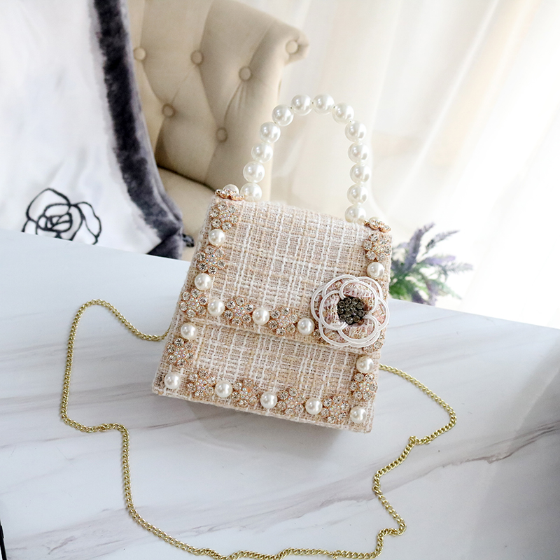 Women Fashion Wool Box Shoulder Bag Crystal Dimond Studded Flower Pearl Beaded Handbag Pearl String Top Handle Crossbody Purse