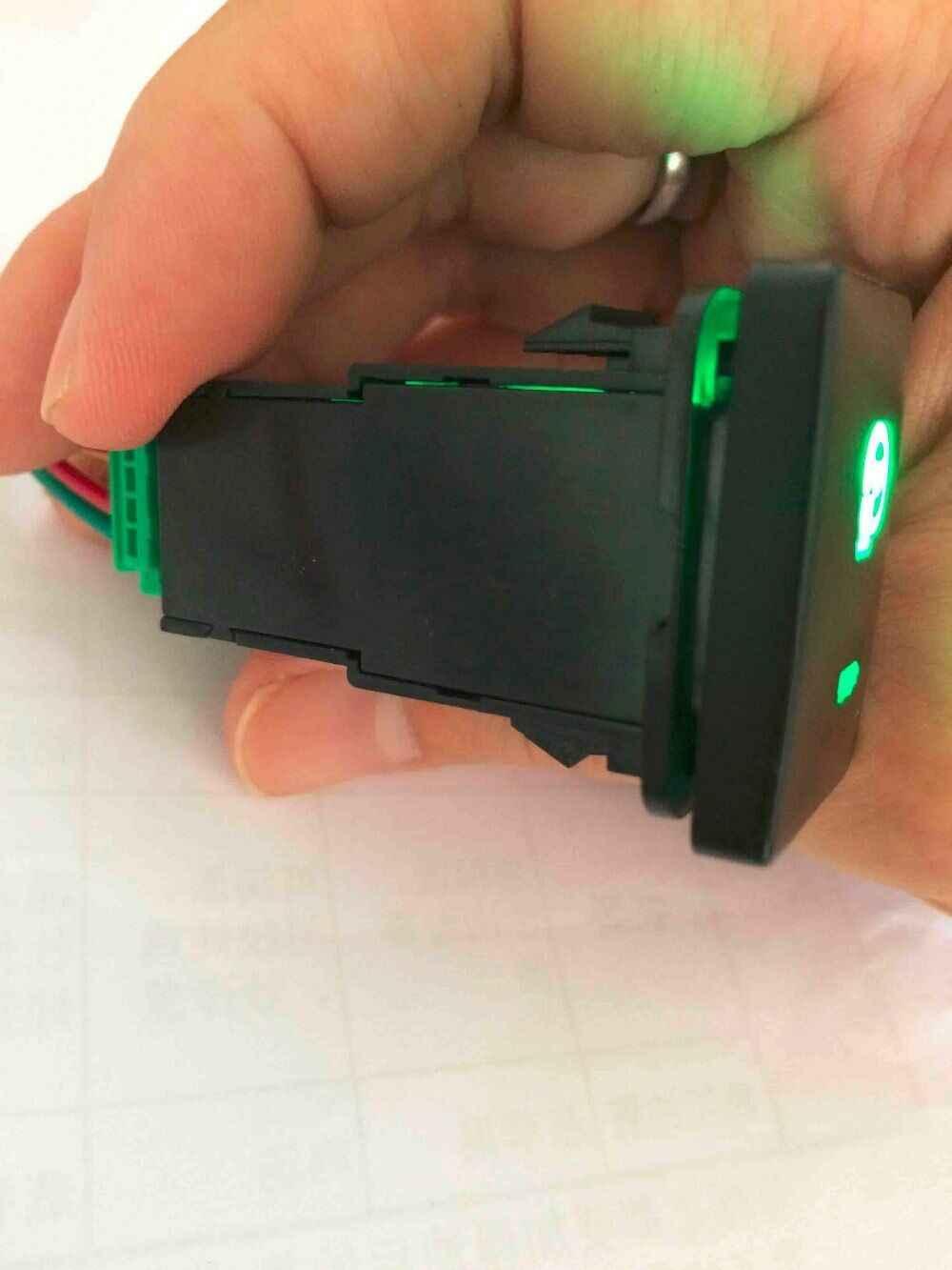 Kemudi Mobil Pemanas Switch LED Hijau dengan Kawat untuk Toyota