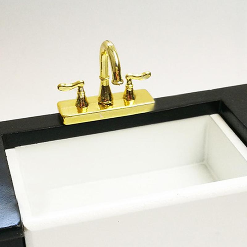 1//12 Dollhouse miniature accessories mini alloy double faucet for decoration IJ