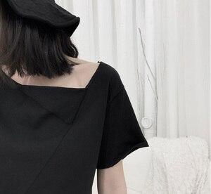 Image 5 - [EAM] المرأة الأبيض غير المتكافئة سبليت المشتركة تي شيرت جديد الجولة الرقبة ملابس بأكمام قصيرة المد الربيع الخريف 2020 19A a662