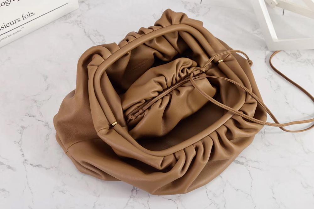 By H новейшая облачная сумка из коровьей кожи, клатч на завязках, Женская Роскошная сумка на плечо, высококачественный дизайнерский кошелек, ... - 2