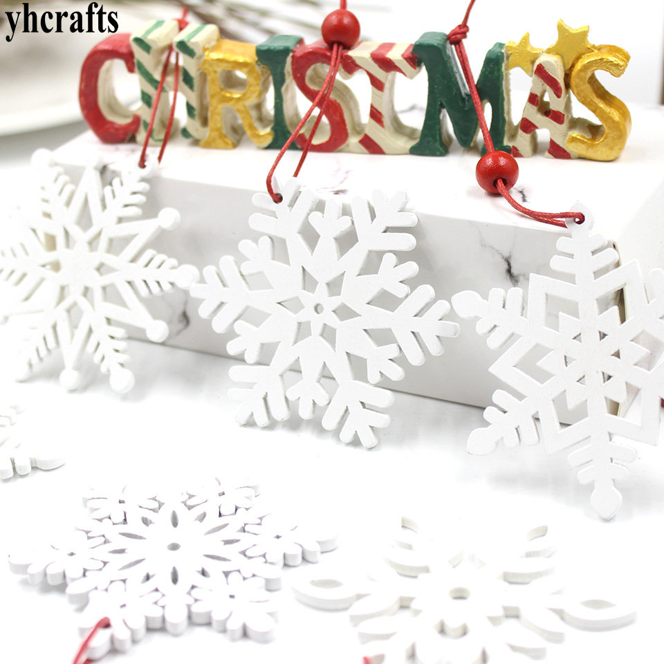 4-6PCS/LOT White Snowflake Wood Hanger Xmas Tag Creative Pendant Kindergarten Decoration Home Ornaments Handicraft Toy Garden