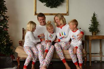 Oeak White Christmas Pajamas Set Father Mother Kids Baby Family Matching Sets Women Men Sleepwear 2020