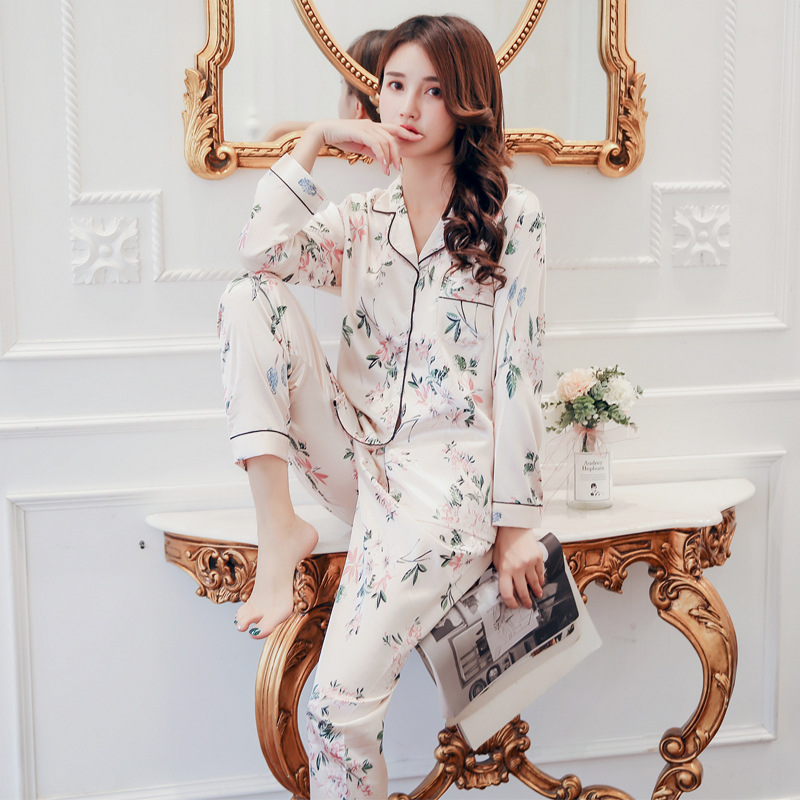 Autumn Simulation Silk Women's Pajamas Set Comfortable, Smooth, Lovely, Long - Sleeved Women's Homewear, Pajamas For Women.