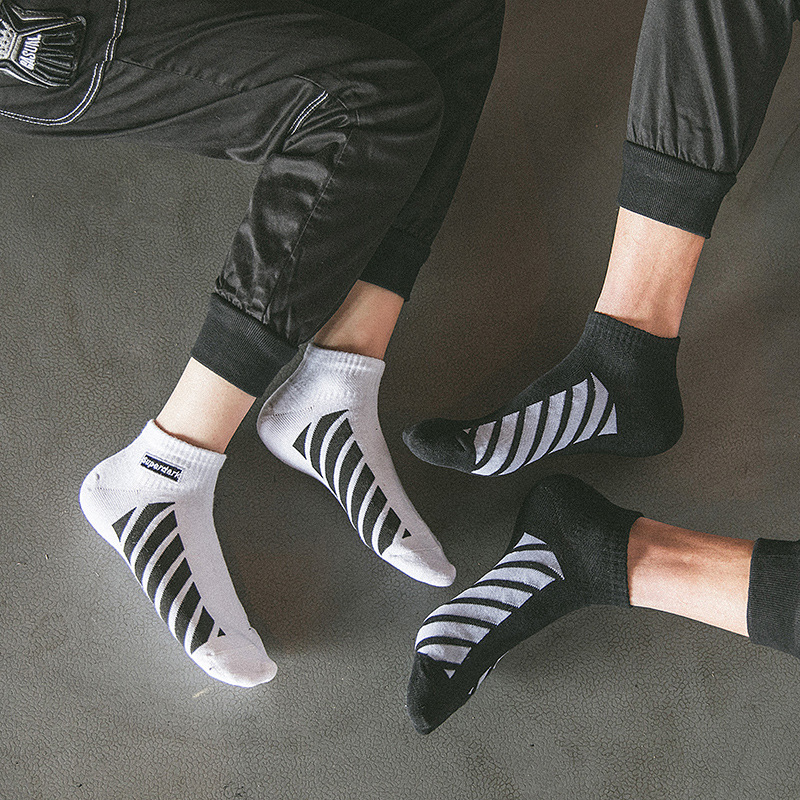 European And American Street Hip-hop Skateboard Socks Tide Brand Diagonal Stripes Boat Socks Harajuku Personality Couple Socks