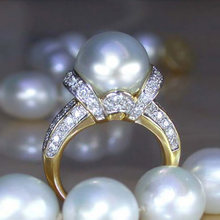 Huitan novo design grande imitação de pérola anel para as mulheres elegante aniversário festa anel de alta qualidade declaração jóias transporte da gota