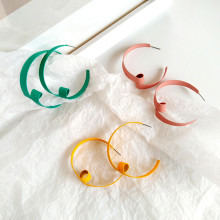 Design of dumb light candy color earrings personality fashion twist shape fashionable ladies birthday party