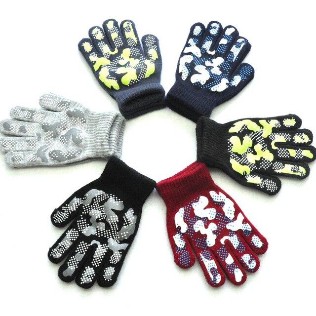 WARMOM 5-11 Year Children Winter Warm Knit Gloves Camouflage Color PVC Anti-slip Gloves Children Outdoor Sports Gloves Mittens 1
