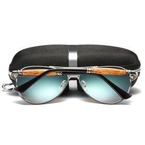 Image 3 - MUSELIFE 2020 الاستقطاب سلسلة الرجال القيادة النظارات الشمسية الرجال والنساء طلاء مرآة vintage نظارات فاخرة الذكور نظارات اكسسوارات