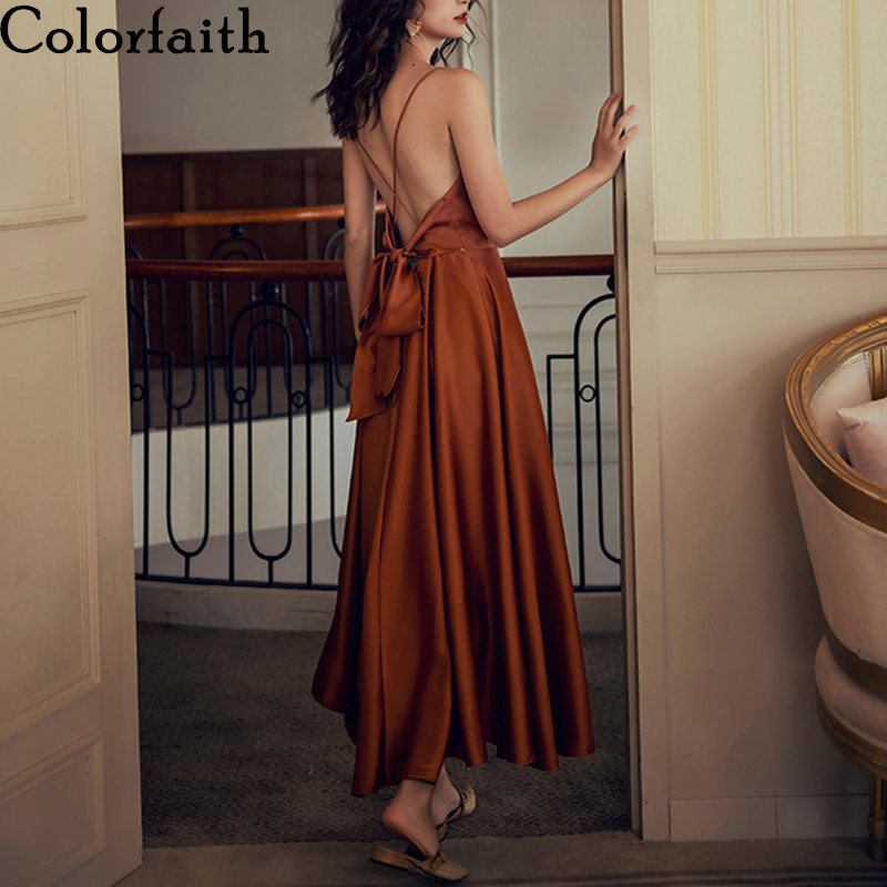 Colorfaith New 2020 Women Spring Summer Sundress Strap Beach Holiday Strapless Backless Sexy Satin Solid Vintage Dress DR1019