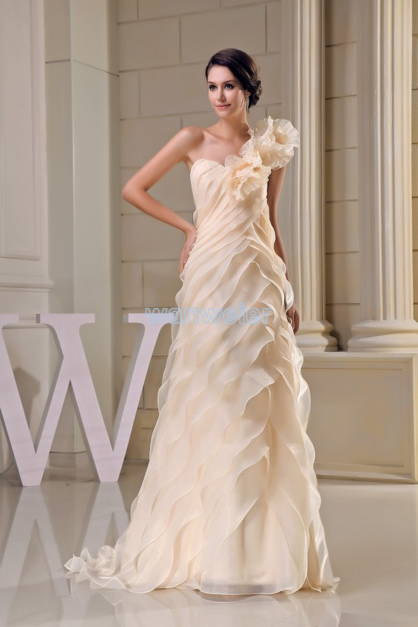 Free Shipping Modest 2016 New Design Hot Sale Custom Size Handmade Flower Plus Size Gown Beach Long Champagne Bridesmaid Dress