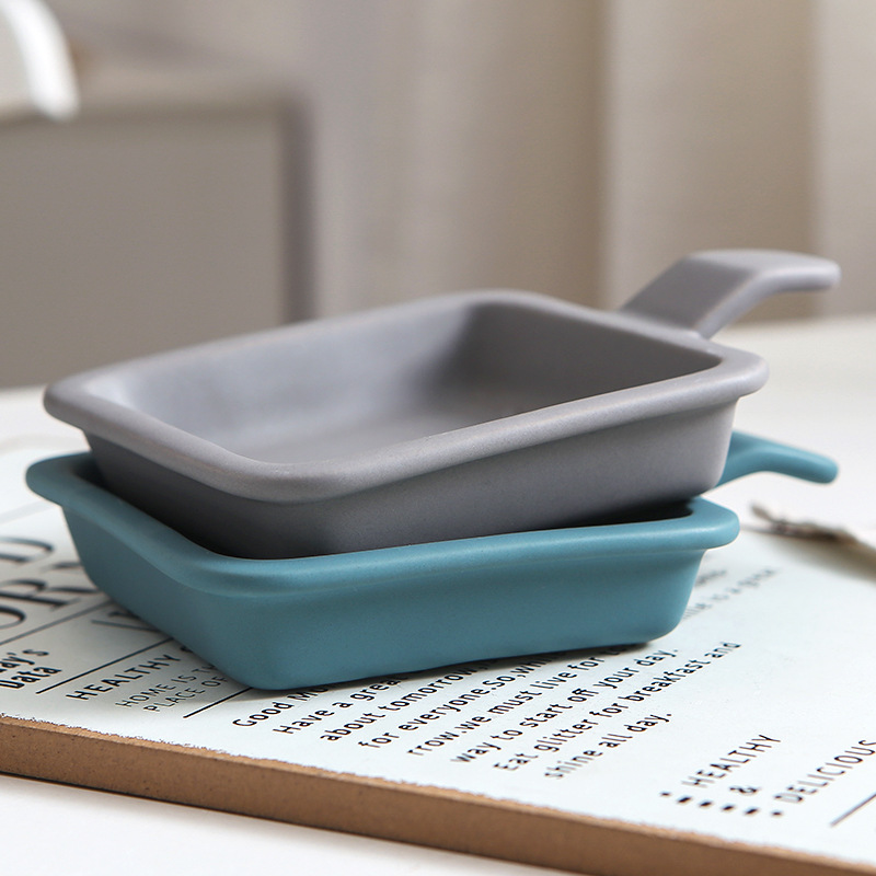 Explosion one-handed seasoning dish square household ceramic dish seasoning black frosted meal dish condimentos conteiner