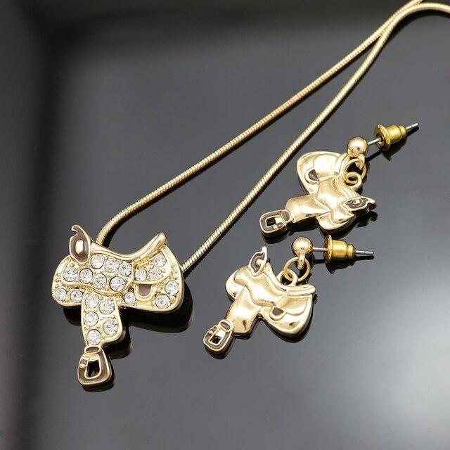 Della signora Occidentale Texas Cowgirl Sella del Cavallo Rodeo In Oro Del Serpente Catena Ciondola Gli Orecchini Collana Insieme Dei Monili Dichiarazione personalizzabile