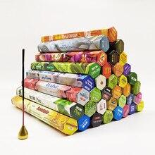 Una pequeña caja de palillo de salvia blanca India incienso sándalo hecho a mano palos India puro Natural de aromaterapia templo incienso tibetano