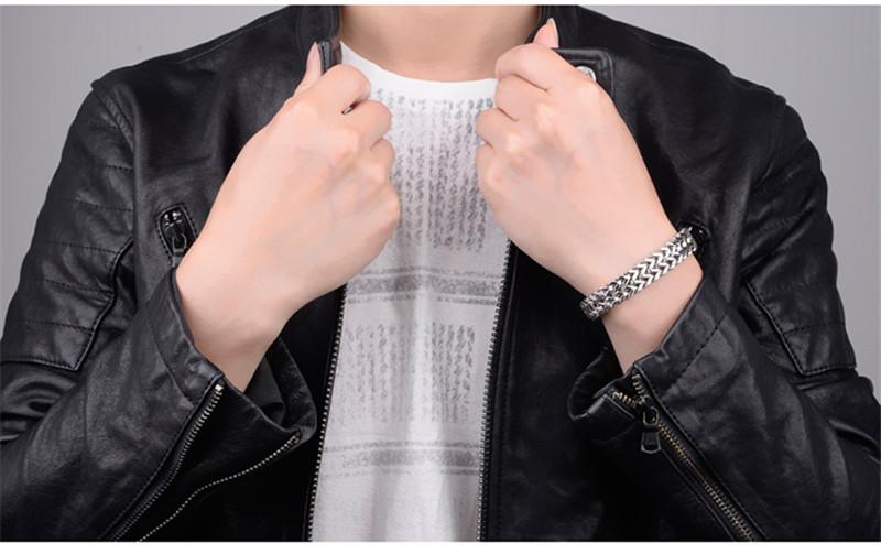 H4f488c195e994a4ba50d58ccff5d6d6b5 - צמיד לגבר טיטניום קליל על היד