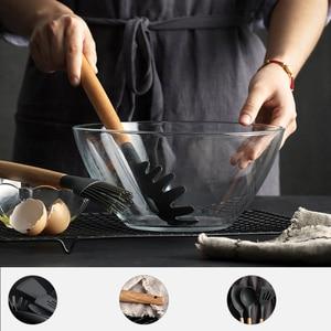 Image 4 - סיליקון כלי מטבח סט בישול כלים כלי סט חפירה מרית מרק כפית עם עץ ידית מיוחד חום עמיד עיצוב