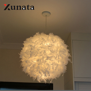 Image 4 - Lampe suspendue à plumes en forme de rêve, design romantique, luminaire décoratif, idéal pour un salon ou une chambre à coucher