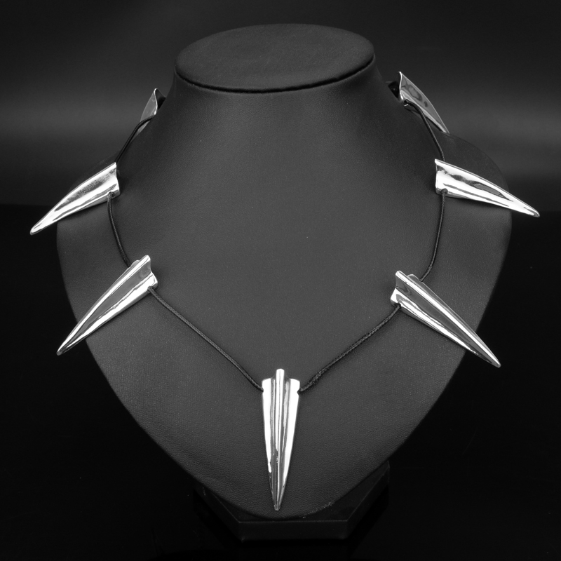 Men's Necklace Trinket Movie Jewelry Superhero Black Panther Necklaces Wakanda King T'Challa Cosplay Jewelry Gift