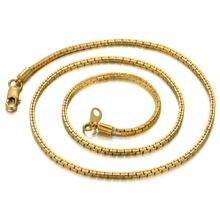Женская цепочка золотого цвета маленькое колье чокер 2 мм в