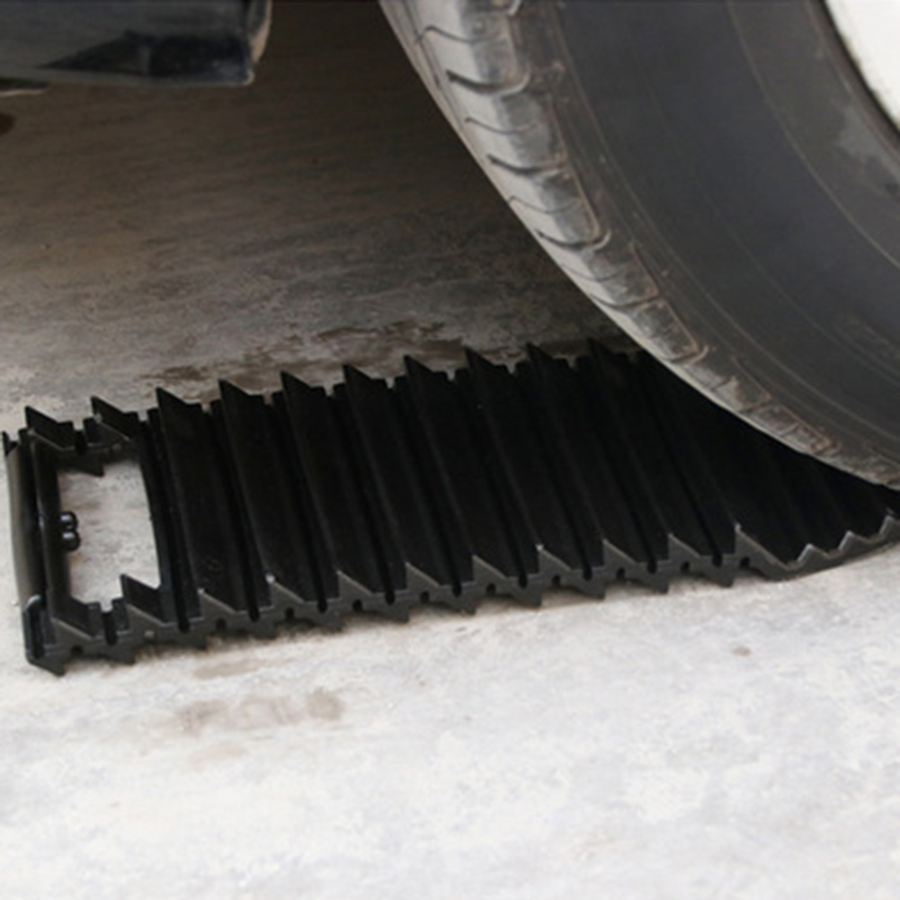 Car Snow Chains Mud Tires Traction Mat Wheel Chain Non-slip Tracks Auto Winter Road Turnaround Tool Anti Slip Grip Tracks image